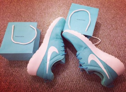 Tiffany blue Nike Roshe Runs